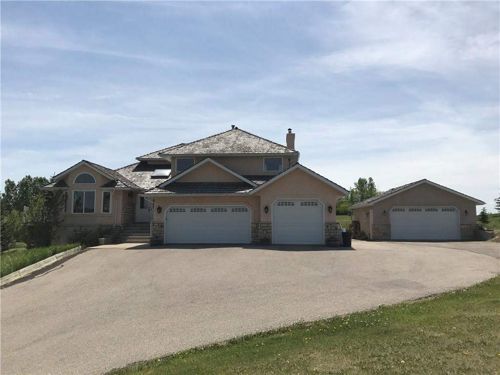 11 Country Lane Dr in Country Lane Estates Rural Rocky View County-MLS® #C4116528