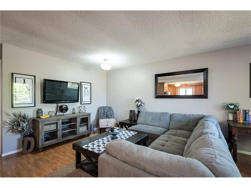 240 Ranchview PL Nw Calgary