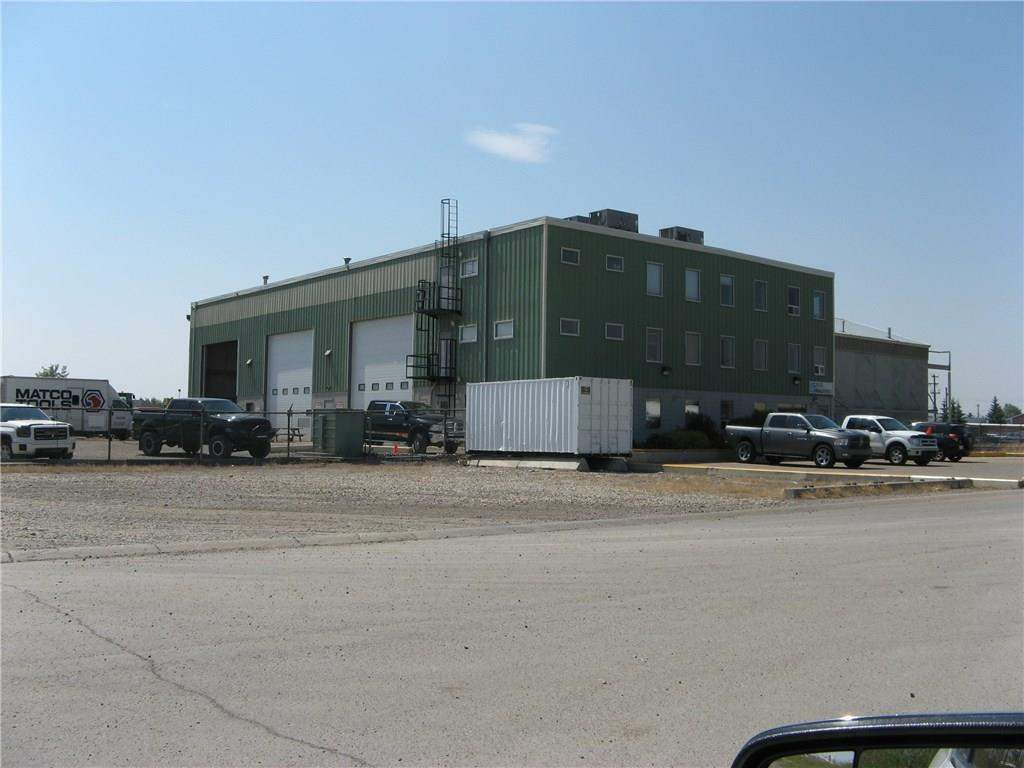 MLS® #C4129026 - 325 Railway ST E in Industrial Cochrane, Commercial Open Houses