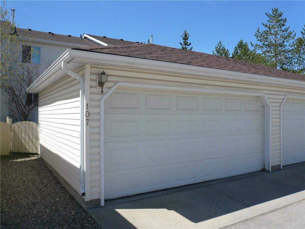 MLS® #C4137270 - 107 Citadel Ln Nw in Citadel Calgary, Attached Open Houses
