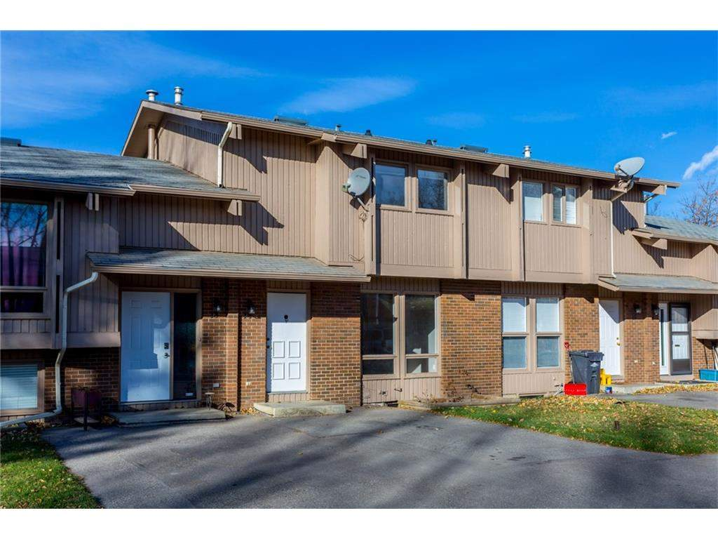 MLS® #C4142035 - 14 Cataract RD Sw in McLaughlin Meadows High River, Attached