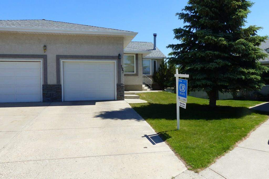 MLS® #C4164962 - 197 Arbour Cliff CL Nw in Arbour Lake Calgary, Attached