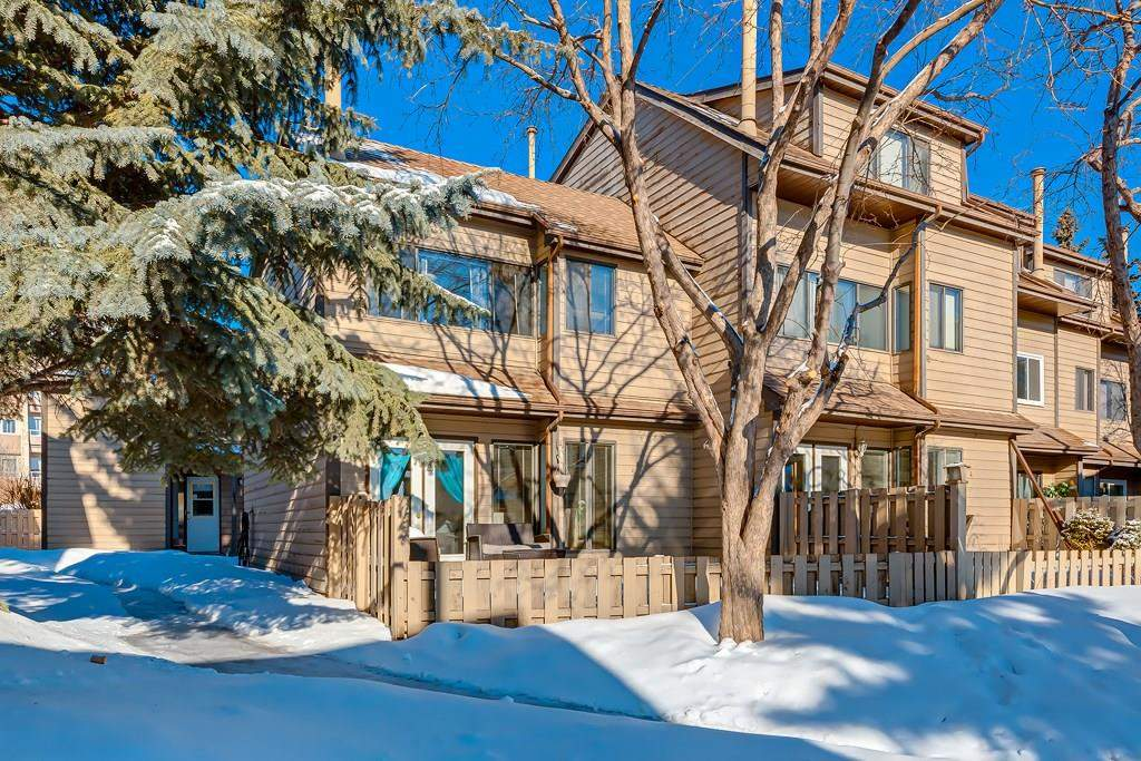 MLS® #C4173039 - #5 95 Grier PL Ne in Greenview Calgary, Attached Open Houses