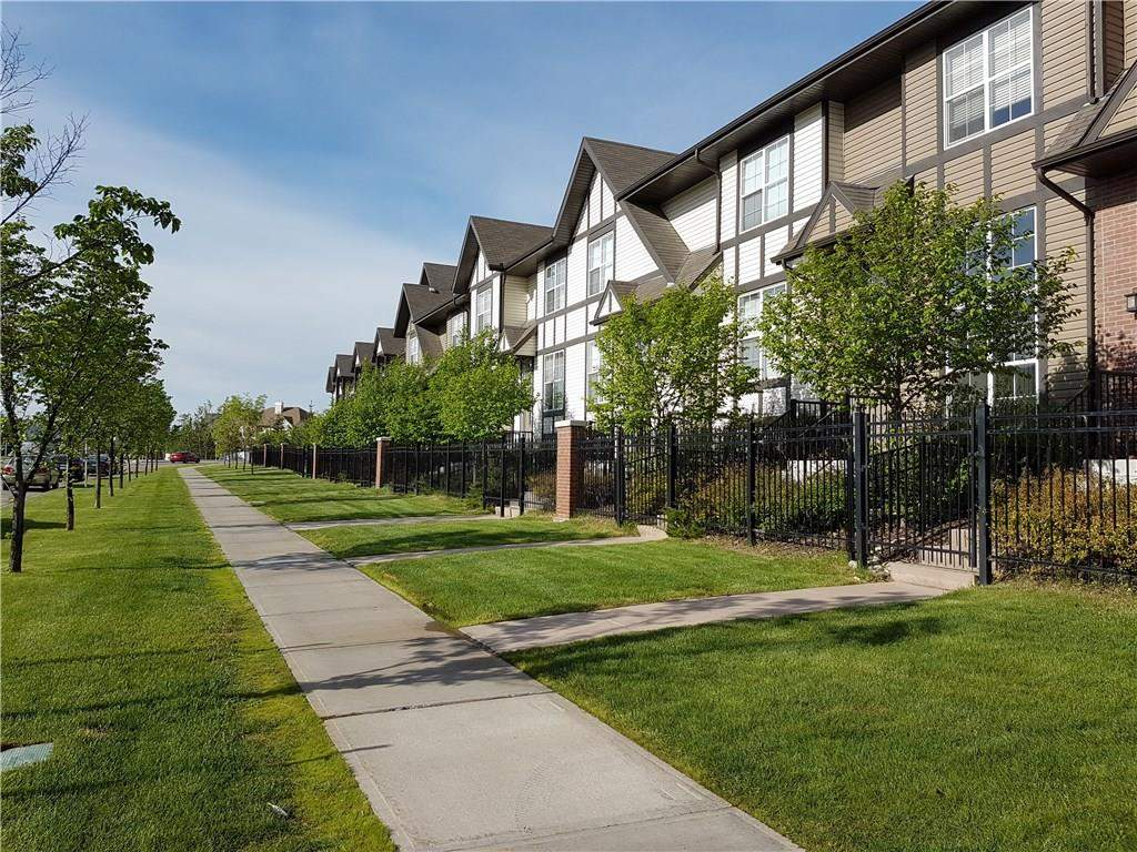 MLS® #C4173448 - #120 250 New Brighton VI Se in New Brighton Calgary, Apartment Open Houses