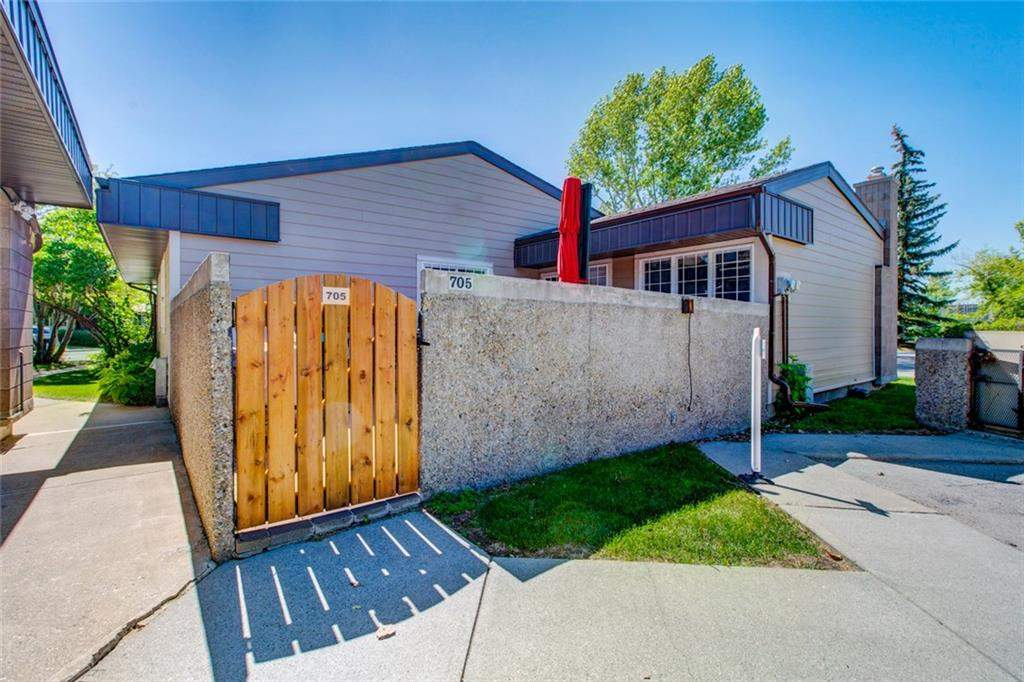 MLS® #C4192731 - #705 4740 46 AV Sw in Glamorgan Calgary, Attached Open Houses