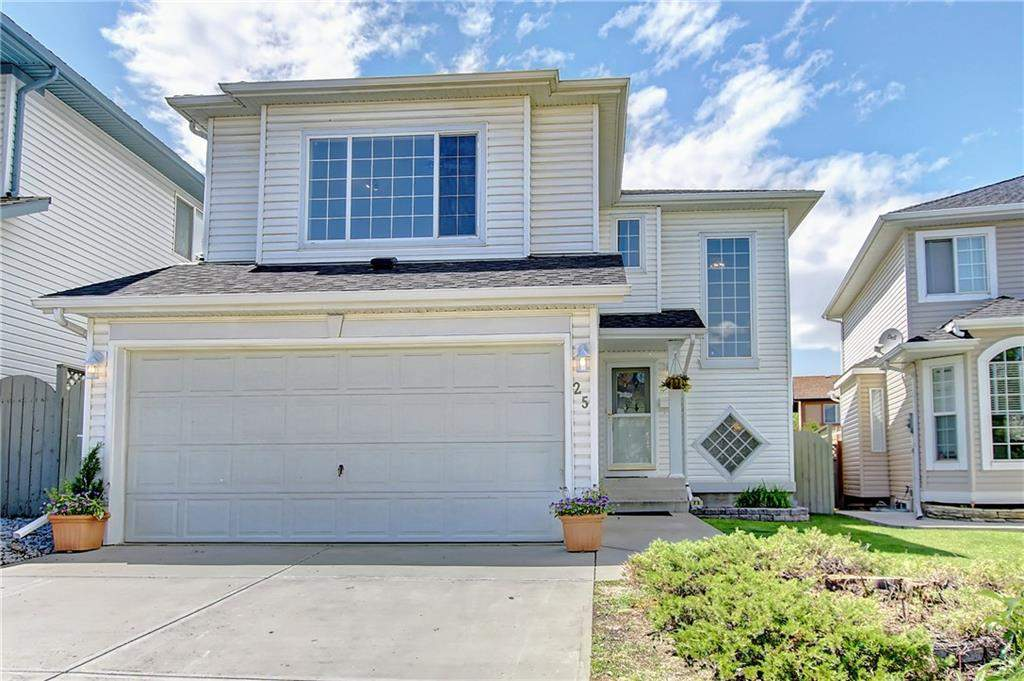 MLS® #C4192762 - 25 Douglas Ridge Ci Se in Douglasdale/Glen Calgary, Detached Open Houses