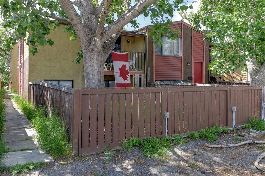 MLS® #C4195580 - #3 4528 75 ST Nw in Bowness Calgary, Attached Open Houses