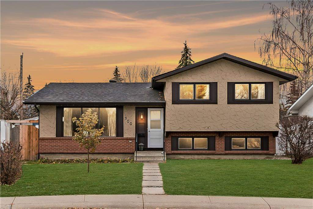 MLS® #C4214722 - 300 Queen Alexandra RD Se in Queensland Calgary, Detached Open Houses