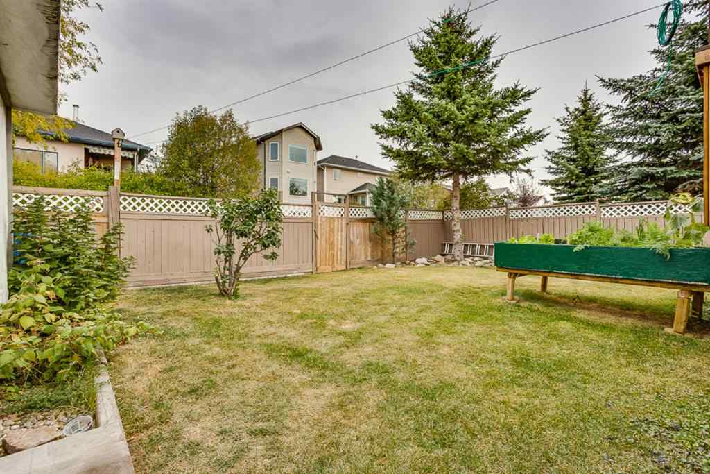 MLS® # A1036321 - 120 Maple Way SE in Meadowbrook Airdrie, Residential Open Houses