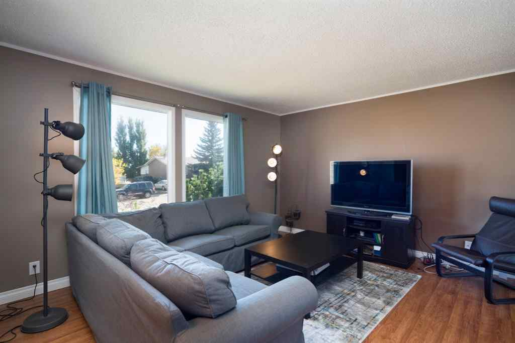 MLS® # A1038227 - 813 Prospect Avenue  in NONE Acme, Residential Open Houses