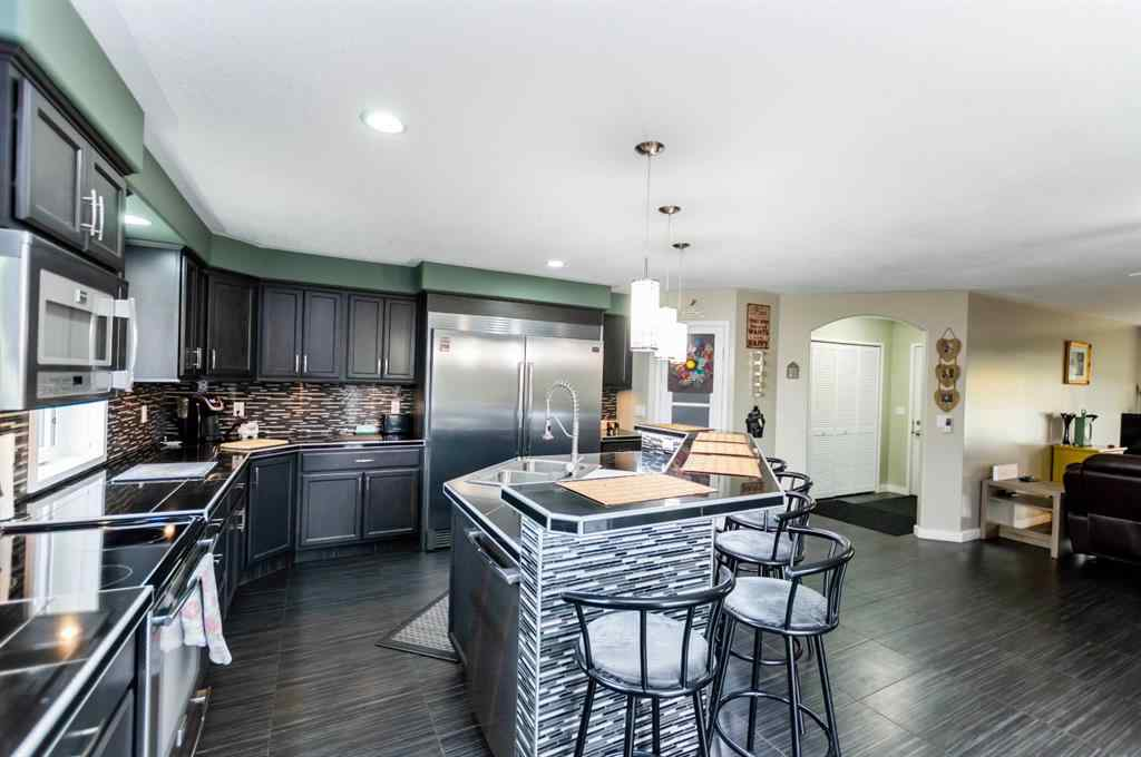 MLS® # A1058821 - 256 2 Avenue S in NONE Big Valley, Residential Open Houses