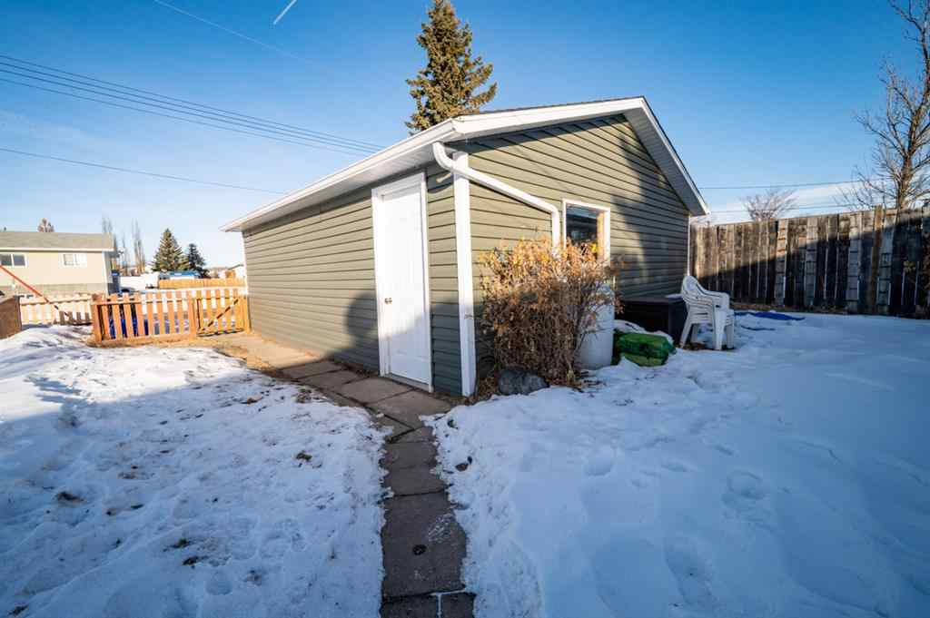 MLS® # A1059550 - 5422 51A Street  in Bashaw Bashaw, Residential Open Houses