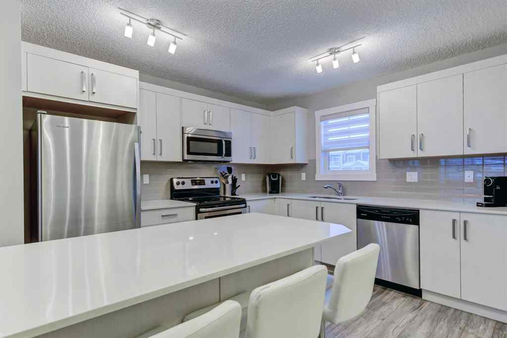 MLS® # A1064364 - Unit #501 1225 Kings Heights  Way  in Kings Heights Airdrie, Residential Open Houses