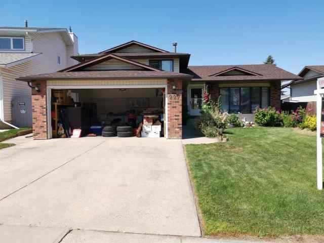 227 TEMPLETON Circle NE in Temple Calgary MLS® #A1019874