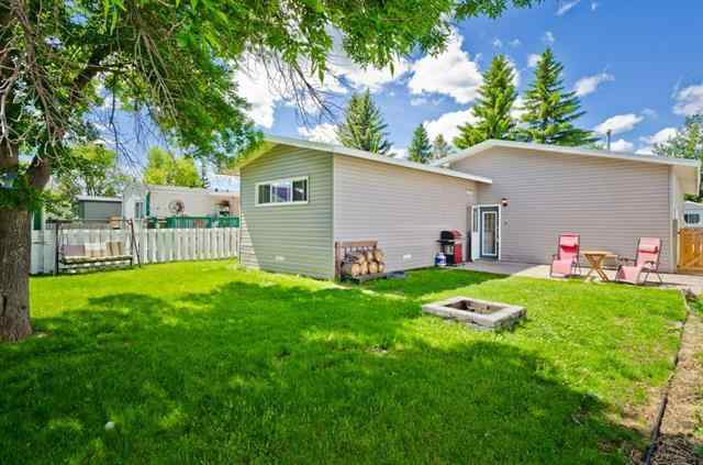 823 BAY Road in Brentwood_Strathmore Strathmore MLS® #A1035380