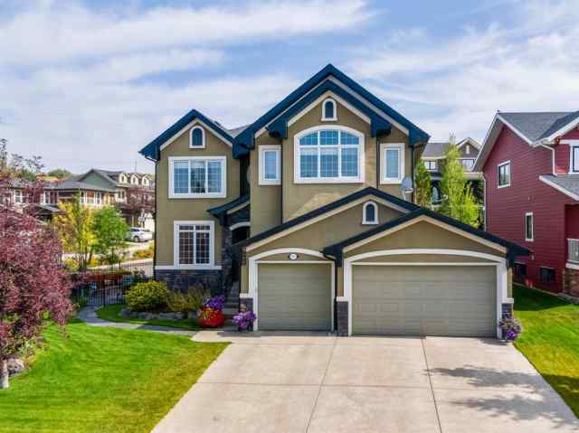 10 CRESTRIDGE Heights SW in Crestmont Calgary MLS® #A1035537
