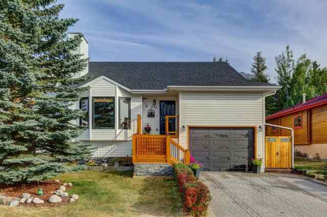 222 Lady MacDonald Drive T1W 1H3 Canmore