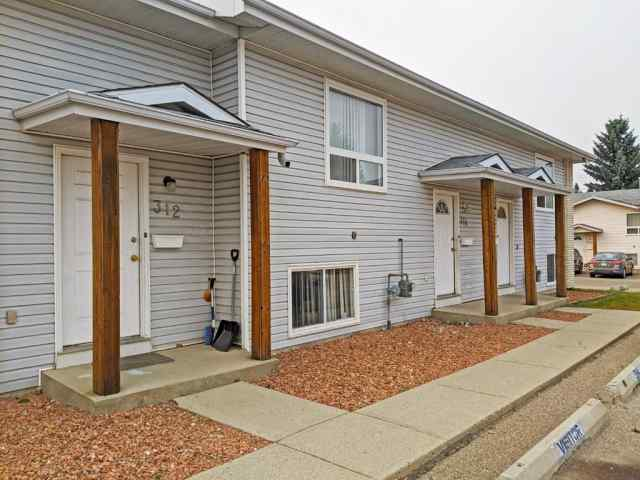 32 Holmes Street  in Highland Green Estates Red Deer MLS® #A1042818