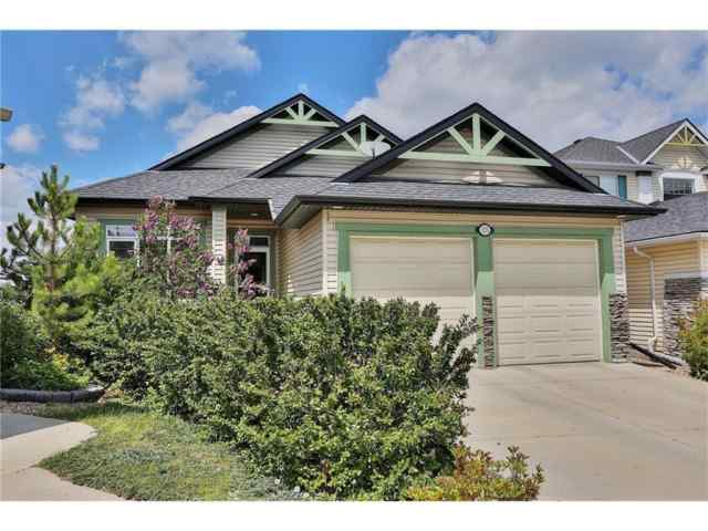 25 Cresthaven Way SW in Crestmont Calgary