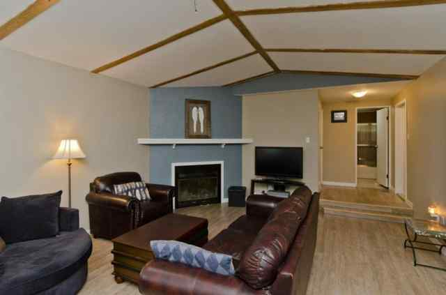 Brentwood_Strathmore real estate 912  BRIAR Crescent in Brentwood_Strathmore Strathmore