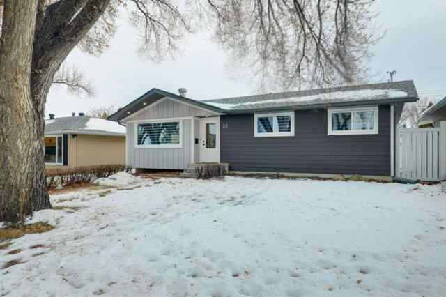 Acadia real estate 35 Armstrong Crescent SE in Acadia Calgary