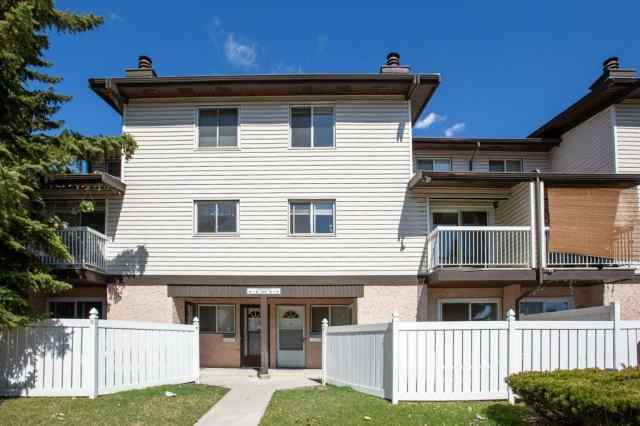 #5 3705 FONDA WY SE in Forest Heights Calgary