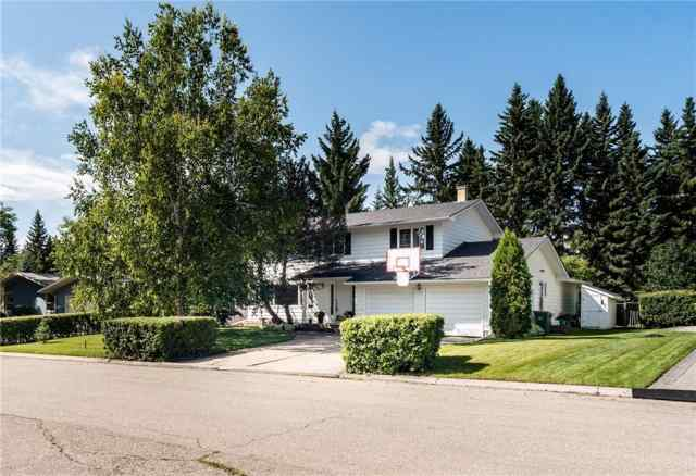 6725 Lepine Co Sw in Lakeview Calgary