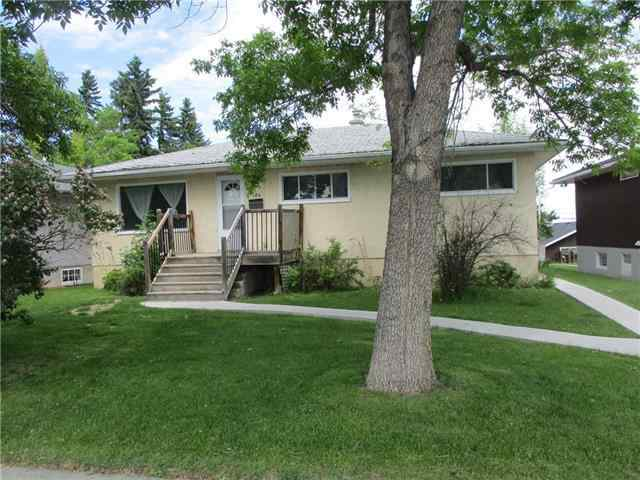124 43 AV Nw in Highland Park Calgary