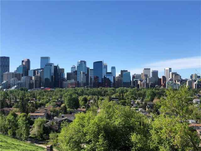 608 CRESCENT RD NW T2M 4A6 Calgary