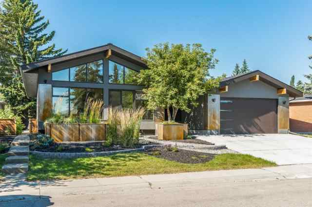 5423 Ladbrooke DR Sw in Lakeview Calgary