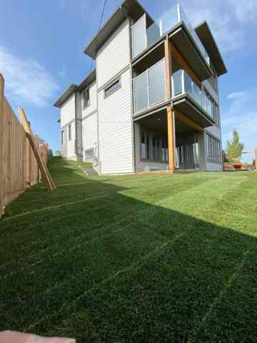 130 44 AV Ne in Highland Park Calgary