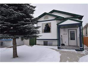 Detached Applewood Park Real Estate listing 153 Appleside CL Se Calgary MLS® C4104130 Homes for sale