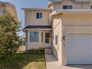 Attached Community Real Estate listing at 27 Rundlelawn Pa Ne, Calgary MLS® C4110258