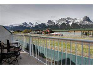 None Real Estate, Apartment home Canmore