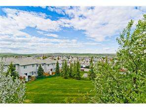 52 Bow Ridge Rd, Cochrane Bow Ridge Attached Real Estate: