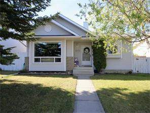 Detached Meadowbrook listing Airdrie