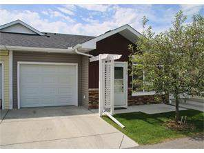 704 Sunvale CR Ne, High River, Attached homes