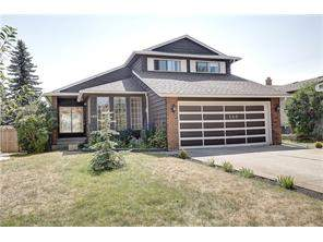 Detached Coach Hill Real Estate listing at 180 Coachwood CR Sw, Calgary MLS® C4132315
