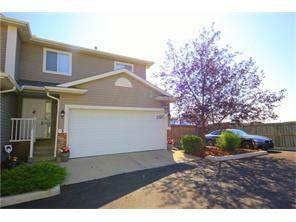 #3 136 Bow Ridge Dr, Cochrane, Bow Ridge Attached Homes For Sale