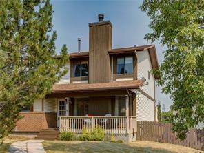 Attached Strathcona Park Real Estate listing 4 Strathcona CR Sw Calgary MLS® C4135360 Homes for sale