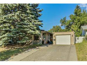 6327 Crowchild Tr Sw, Calgary, Lakeview Detached