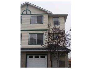 Dover Calgary Attached Foreclosures Homes for sale