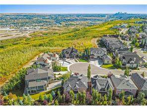 Cougar Ridge Real Estate listing at 17 Cougar Plateau PT Sw, Calgary MLS® C4137969
