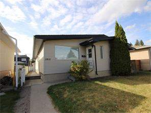2831 39 ST Sw, Calgary, Alberta, Glenbrook Attached Homes