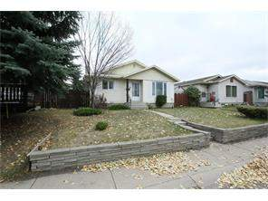 Detached Applewood Park Calgary Real Estate