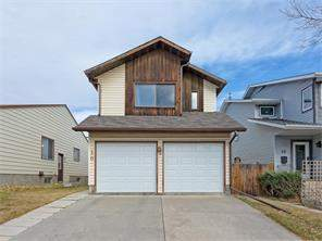 10 Strathcona CR Sw, Calgary, Strathcona Park Detached