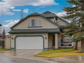 Detached Douglasdale/Glen Calgary Real Estate Listing