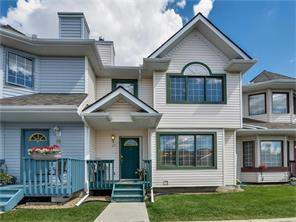 93 Patina PT Sw, Calgary, Attached homes