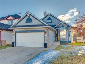 143 Douglas Ridge Gr Se, Calgary, Detached homes