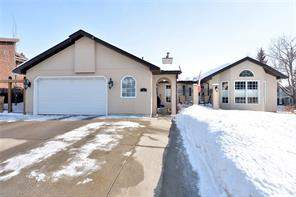 5 Varsity Estates Vw Nw, Calgary, Detached homes